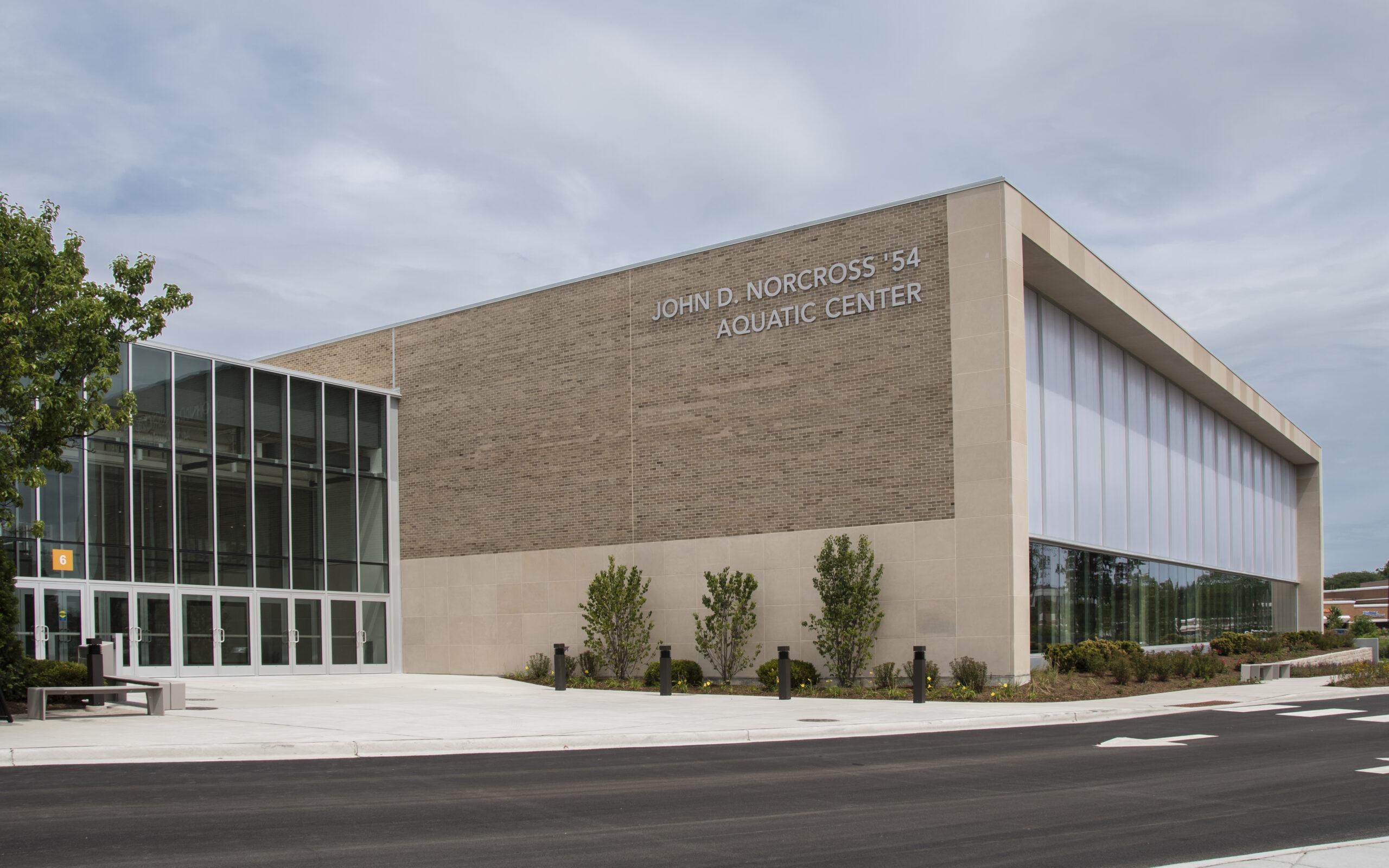 Loyola Academy | Aquatic Center