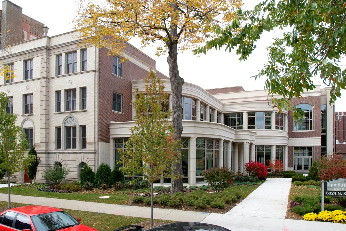 Loyola University Chicago | Ignatius House